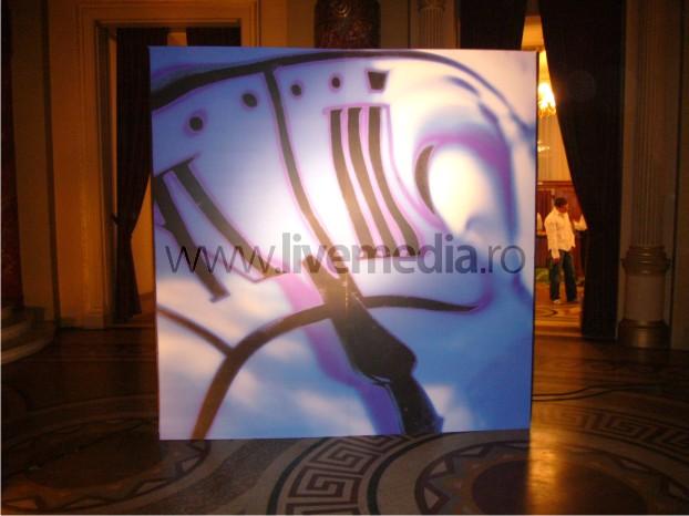 LiveMedia.ro04